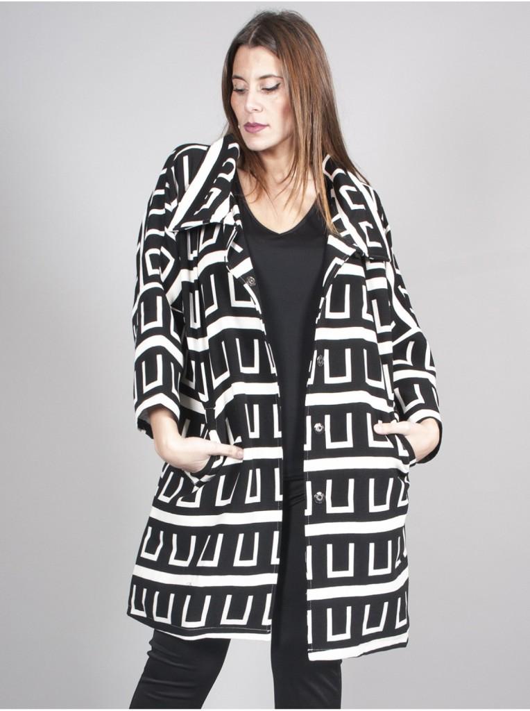 manteau-imprime-noir-blanc