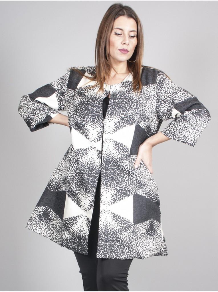 veste-geometrique-noir-blanc