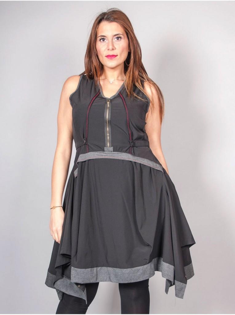 robe-sans-manches-noire